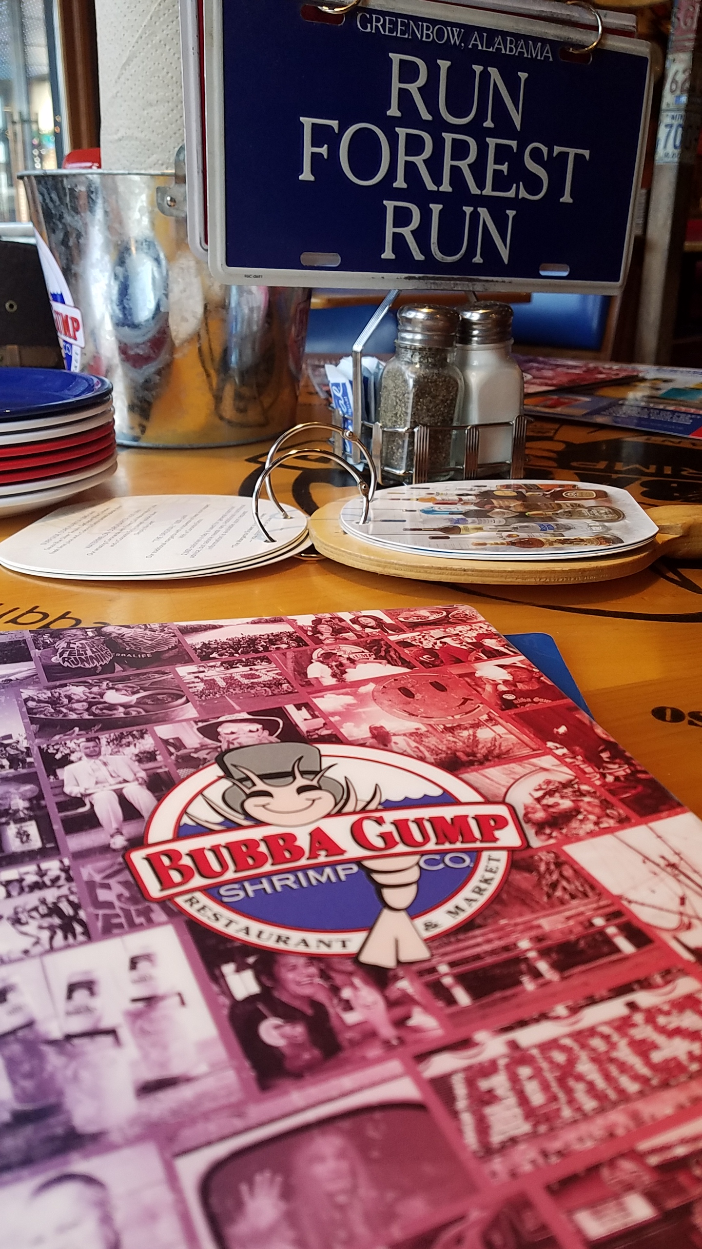 Bubba Gump Shrimp Co Lunch at Chicago's Navy Pier
